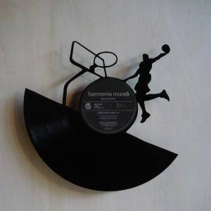 disque vinyle d coup d coration vintage horloge basketball. Black Bedroom Furniture Sets. Home Design Ideas
